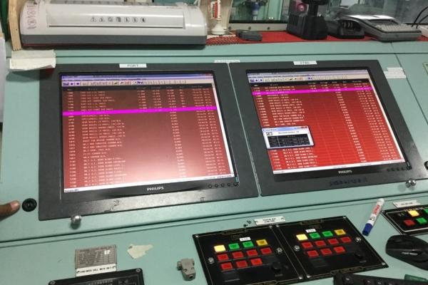 sc-3050C852619-3416-F16C-F849-99ACEC6D7B4D.jpg